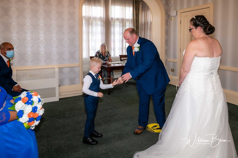 006-Calderdale-Registry-Office-Wedding-Photographer